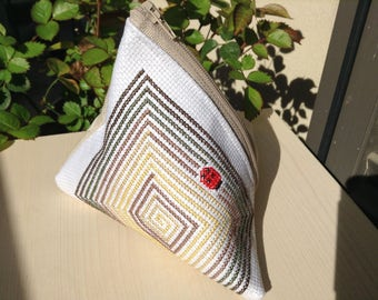Embroidered canvas clutch-Ladybug