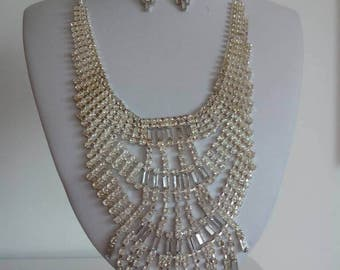 Vintage jewelry necklace crystals
