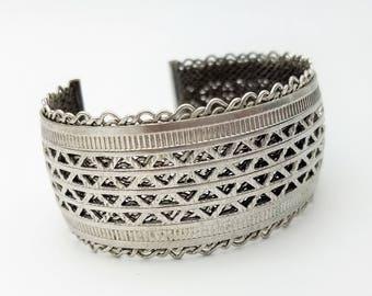 Vintage 1950's Volupte Silver Mesh Cuff Bracelet