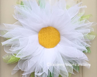 Daisy Wreath, XL Flower Wreath, Spring Mesh Daisy Wreath, Flower Wreath, Daisy Door Wreath, Summer Wreath, Mother's Day Gift