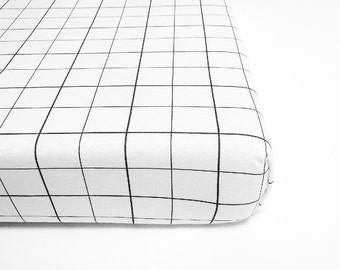 Toddler Bedding Boy, Mini Crib Sheet, Christmas Crib Sheet, Fitted Sheet, Mini Crib Bedding, Grid Bedding, Modern Bedding, Monochrome Sheet