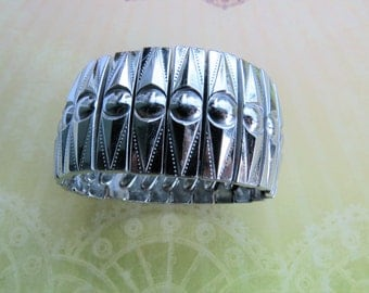 Vintage Silver Tone Wide Expansion Bracelet Hong Kong