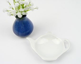 White Porcelain Teapot shaped Tea Bag Dish/Holder - Tea Lovers Gift
