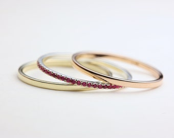 Thin Stacking Rings, Stacking Ring Set, Gold Stacking Rings, Stackable Wedding Band, Thin Gold Rings, Gold Stackable Rings, Pink Sapphires