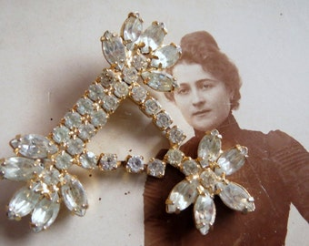 Elegant rhinestone brooch rhinestone jewelry brooch rhinestone vintage brooch, Vintageschmuck Castle Festival or theatre, antique brooch, vintage