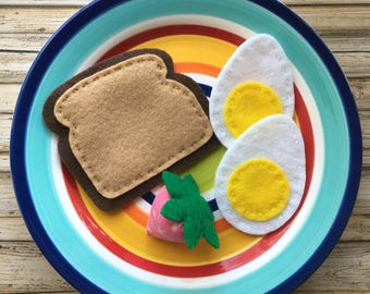 felt egg and toast, felt food breakfast, play food toy, play food eggs, felt breakfast set