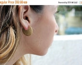 CHRISTMAS SALE - gold disc earrings, circle earrings, everyday earrings,geometric earring, minimalistic earrings,disc stud earrings