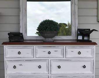 TEE DEES Refurbished furniture