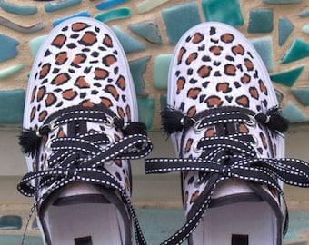 Leopard Print Custom Painted Canvas Platform Sneakers/Women's Animal Print Shoes/Cheetah Print Sneakers/Custom Painted/Girlfriend Gifts/