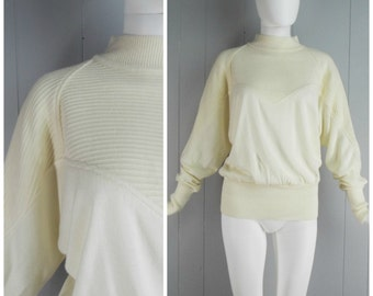 Vintage Womens 1980s Textured Cream Mock Neck Sweater | Size S