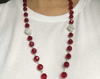 Sparkly red beaded set