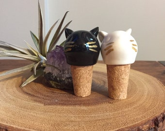 Cute cat bottle stoppers (pair)