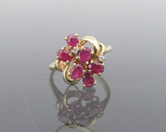 Vintage 14K Solid Yellow Gold 1.21ct Natural Ruby & Diamond Cluster Ring Size 5.5