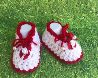 White and red baby booties, red and yellow baby booties,knit baby booties PREGNANCY REVEAL to family Baby announcement Pregnancy reveal