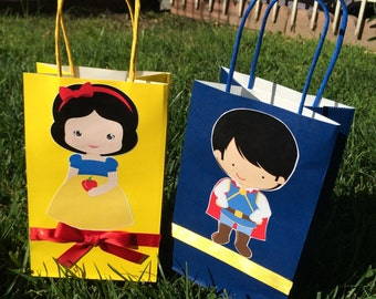 Snow White  favors bag, Candy bag set of  12 PIECES
