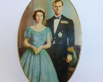 Vintage Souvenir Coronation Biscuit Tin