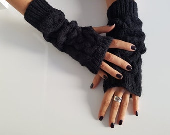 SALE! Black knit wool arm warmers, Hand knit winter short black fingerless gloves mittens, handmade warm gloves, knit wrist hand warmers