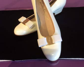 Salvadore Ferragamos White Patent Leather pumps -size 9 AA