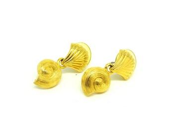 Vintage 1980s Earrings | Vintage Earrings | Shell Earrings | Gold Earrings | Drop Earrings | 1980s Earrings | Statement Earrings