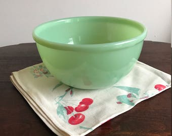 Vintage Jadite Mixing bowl