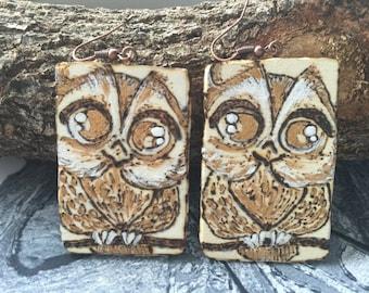 Pirografati owls and painted wood earrings handmade
