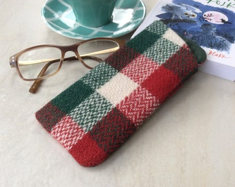 Harris Tweed glasses case, spectacles, sunglasses case, green red and cream check