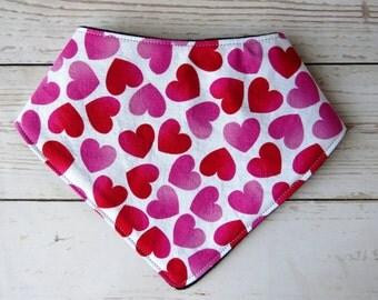 Pink and Red Hearts Bandanna Bib // Baby Bib // Drool Bib // Baby Shower Gift // Hearts Nursery // Cotton Bib // Girl Bib // Sweethearts