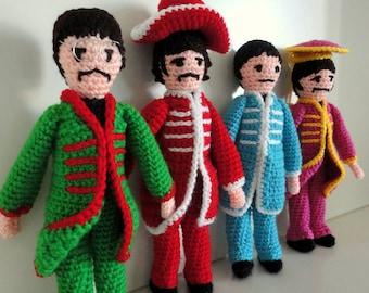 Beatles amigurumi crochet album Sgt. Pepper's Lonely Hearts Club Band