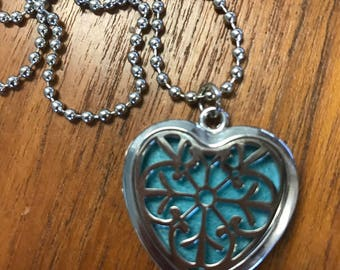 Aromatherapy Locket and Essence Pads - Heart Lace