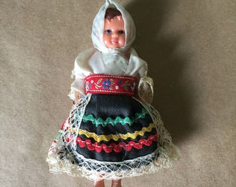 Doll in Slovak Costume Dolls of the World Czechoslovakian Doll