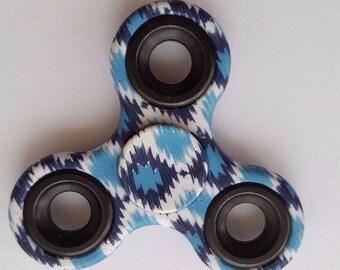 blue retro fidget
