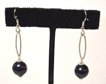 Black fresh water pearls earrings
