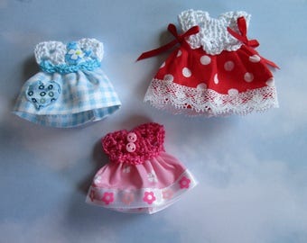 Dresses miniature Set of 3 scale 1:12