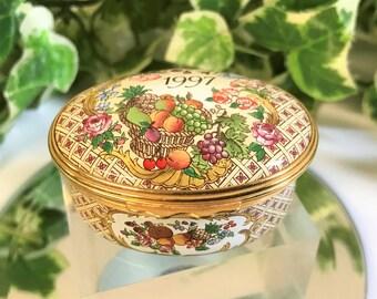 A Beautiful Halcyon Days Enamel Trinket Box 1997 A Year To Remember