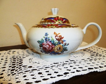 Vintage French Limoges teapot/Vintage French Limoges teapot