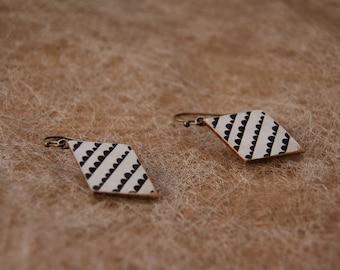 Earrings with pendant in wood - multiple prints!