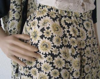 Vintage 70s skirt rock daisies Tellerock M