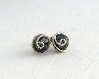 Seraphinit earrings, 925 sterling silver, wrapped earrings, Clinochlore, dark green Stud Earrings, precious stones