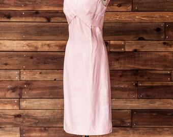 Carolyn - 1950s Wiggle Dress