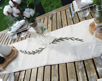 Leaf Paillete linen table runner
