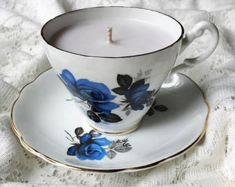 Blissful Berry teacup candle