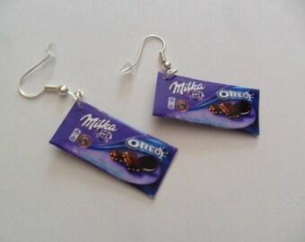 "Ears drooping ""Milka with Oreo"" chocolate"