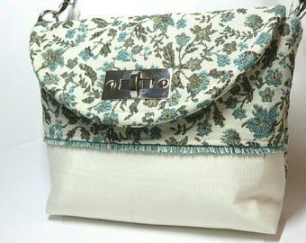 Blue flower purse - gift for her - blue purse - spring purse - floral handbag - shoulder bag - fabric handbags - flower purse - floral purse