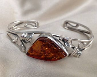 Hand made Sterling silver and Baltic Amber bangle bracelet