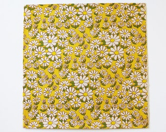 """Vintage 1960's Daisies Gift Wrapping Paper, 1 Sheet, 17"""" x 20"""", All Occasion"""