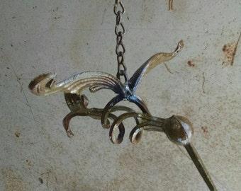 Pendaison de Colibri (patine vert)