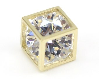 14k Solid Yellow Gold Pendant 896 Charming Cube Design Lovely