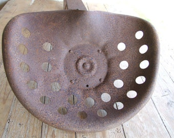Tractor Seat//Vintage French//Rusty //Old//Industrial//loft//Furniture//Antique French Tractor Seat