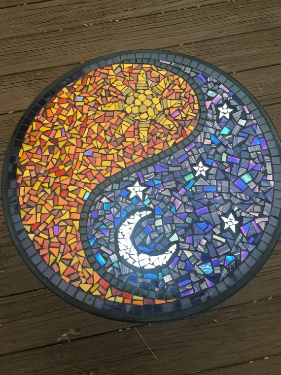 Yin yang day night mosaic bistro table with black grout for Table yin yang