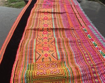 VINTAGE Hmong Textile  - Embroidery Hmong Fabric - Ethnic Hilltribe - Table runner DIY Project - Cross Stitches - Pink Green Blue